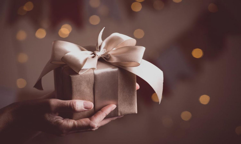 best-housewarming-gifts-1024x683