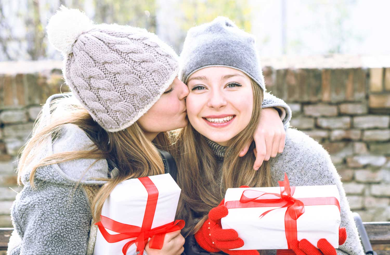 Best-Gifts-for-Sisters
